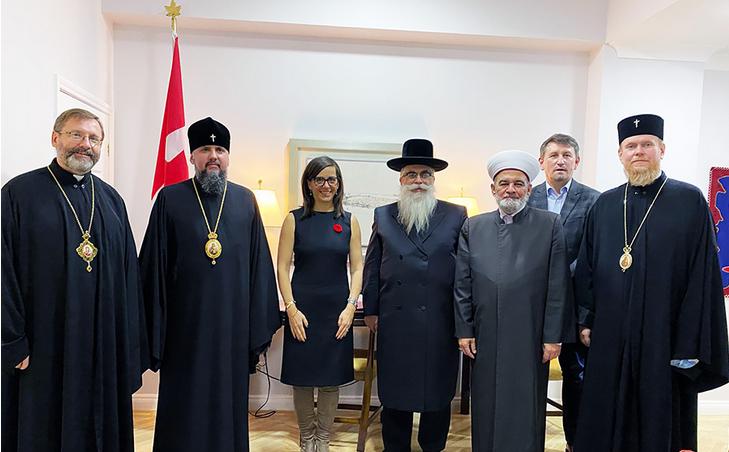 Посол Канади обговорила з релігійними діячами України розвиток взаємодії