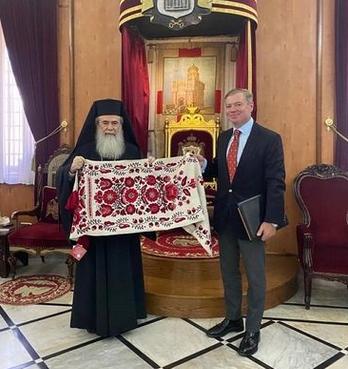 Посол України обговорив з єрусалимським патріархом ситуацію у православ'ї та в Україні