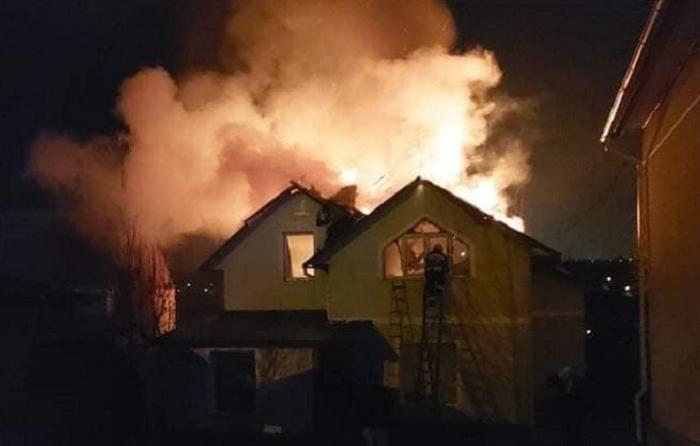 Мер Дніпра пообіцяв допомогти пастору, у якого згорів будинок