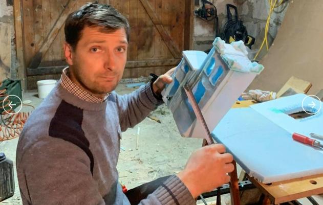 Закарпатський священник власноруч виготовляє різдвяні вертепи