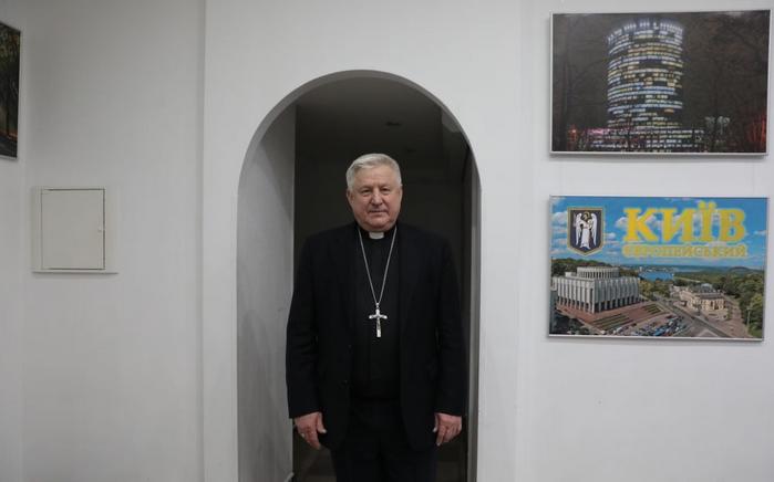 Римо-католики розбудовують мережу сиротинців та будинків для самотніх матерів в Україні