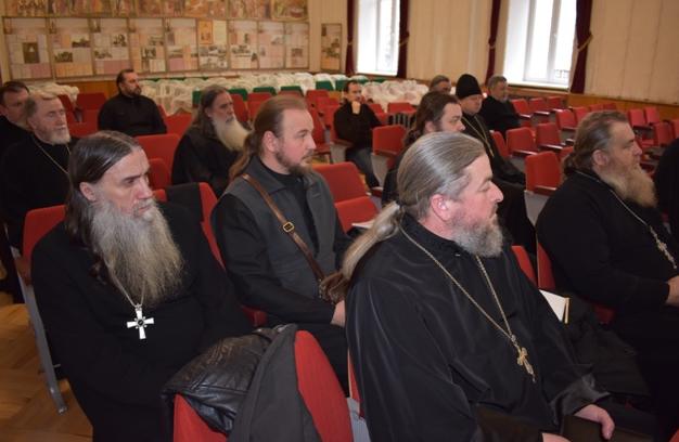 РПЦ в Криму розпочала курси підвищення кваліфікації священнослужителів