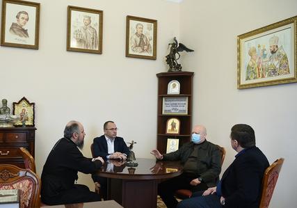 Глава ПЦУ обговорив з Олександром Турчиновим популяризацію у суспільстві сімейних цінностей