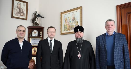 Глава ПЦУ обговорив розвиток та захист української мови з урядовим уповноваженим із захисту державної мови
