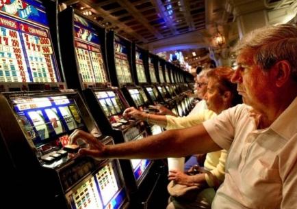 Рада Церков закликає відкликати законопроєкт про сприяння азартним іграм і лотереям