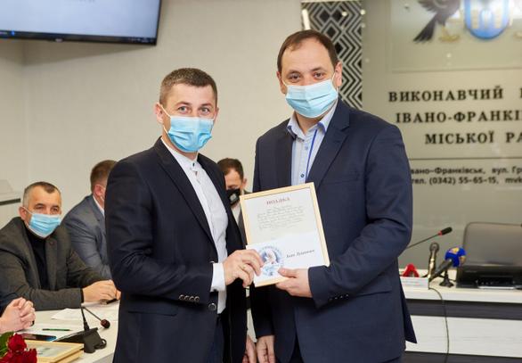 В Івано-Франківську нагородили найкращих учителів християнської етики
