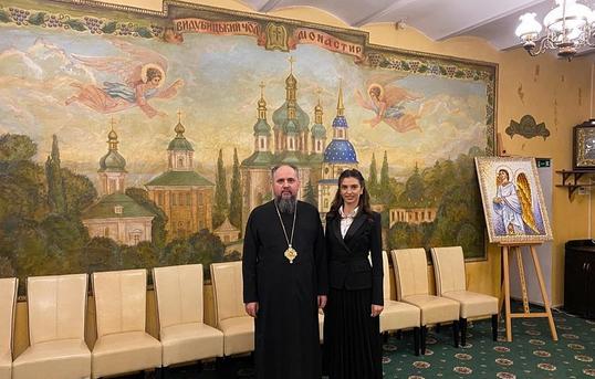 Митрополит Епіфаній нагородив орденом депутата Ольгу Коваль