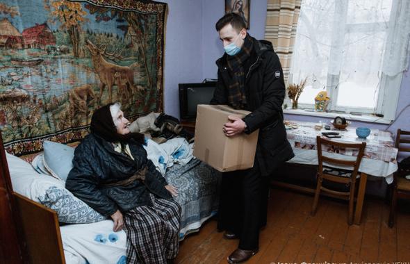 Івано-Франківська архиєпархія УГКЦ роздала 1210 продуктових пакетів постраждалим від паводків
