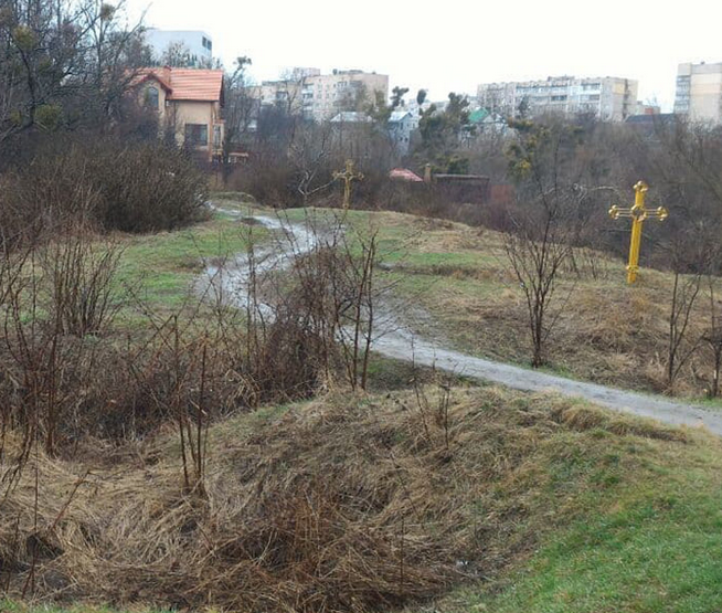 Давньоруський могильник ІХ - ХІІІ ст. у Києві хотіли забудувати за допомогою підроблених документів
