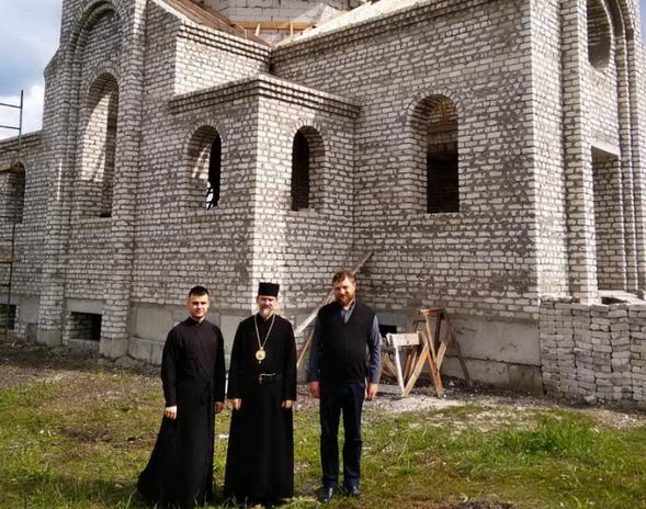 Греко-католики будують церкву у Лисичанську