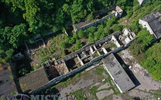 У Львові дискутують щодо використання місця колишнього винзаводу, яке належить священнику УГКЦ