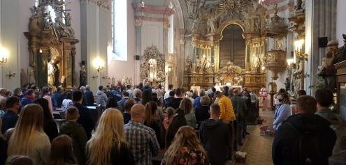Українці в Угорщині звернулися до угорського уряду щодо виділення землі під будівництво храму і школи