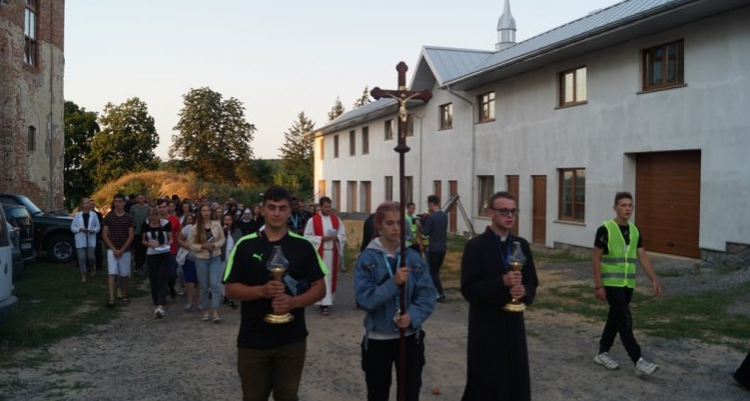 Римо-католики провели молодіжний фестиваль на Вінниччині