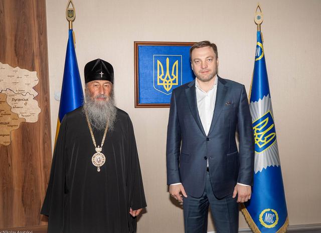 Міністр МВС напередодні Дня хрещення Київської Русі закликав глав ПЦУ і УПЦ (МП) до зваженості та особливої відповідальності