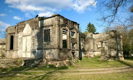 Від старовинної церкви на Київщині лишилися руїни