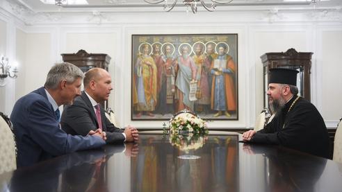Предстоятель ПЦУ обговорив з президентом Світового конгресу українців співпрацю у соціальній сфері