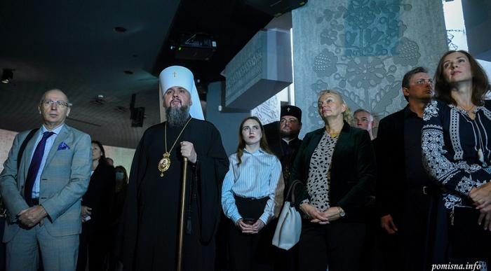 Міністр культури і духовенство взяли участь у відкритті експозиції Зали пам'яті Музею Голодомору