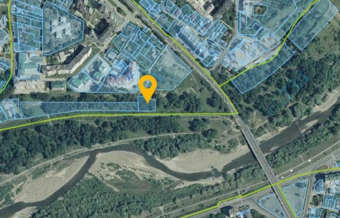 В Івано-Франківську церкві ПЦУ виділили землю у зеленій зоні