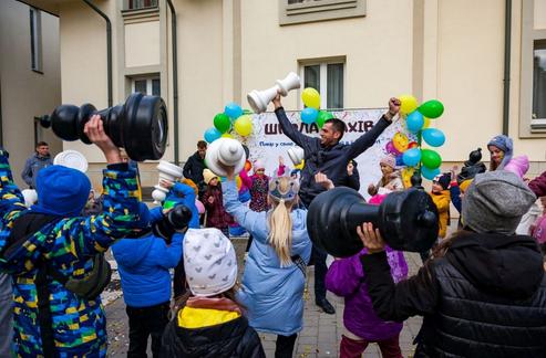 У Львові при церкві УГКЦ відкрили спортивну шахову школу